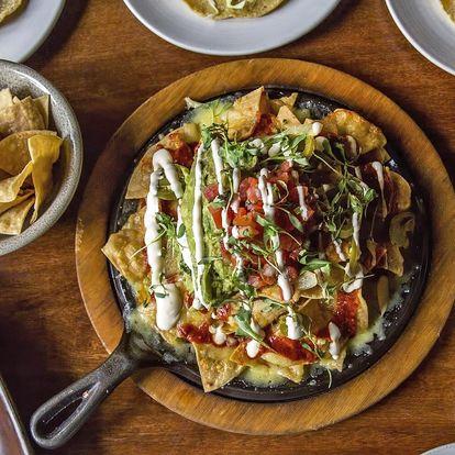 Vegetariánské plato mexických dobrot pro 2–3