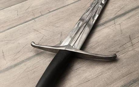 Umělecký středověký meč