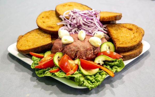 450g namíchaný tatarský biftek4