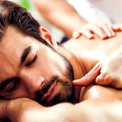 Den pro gentlemana: masáž dle výběru a pivo k tomu