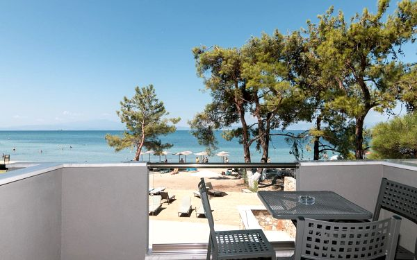 Hotel Rachoni Bay