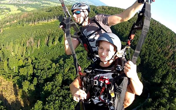 Tandem paragliding s videozáznamem5