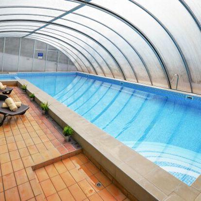 Maďarsko u termálů: Panoráma Hotel Noszvaj *** s wellness s panoramatickou vířivkou, vínem a polopenzí