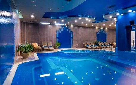 Györ: Luxusní Hotel Golden Ball Club **** s neomezeným wellness (120 m² vodní plochy), fitness a polopenzí