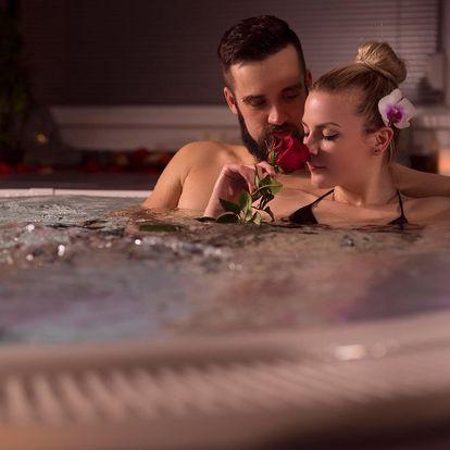60 minut v soukromé wellness zóně: vířivka i sauna