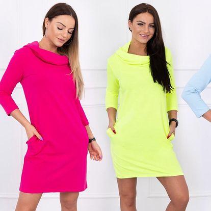 Buďte šik: mikinové šaty s kapucí a kapsami