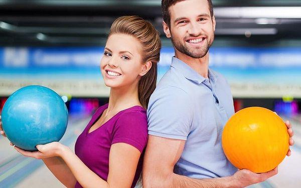 Bowling na 110 min. až pro 8 hráčů a 1 kg miniřízků
