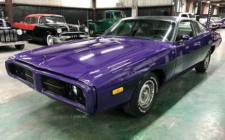 Jízda legendárním supersportem Dodge Charger 1973