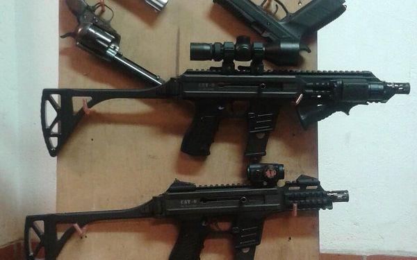 Pro 1 osobu (7 zbraní, 76 nábojů)5