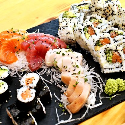 Sushi restaurace u Karláku: 24–44 ks rolek