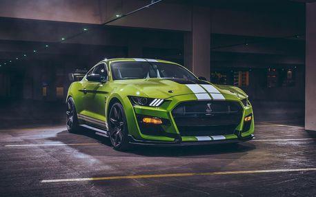 Divoká jízda v Mustangu GT Shelby