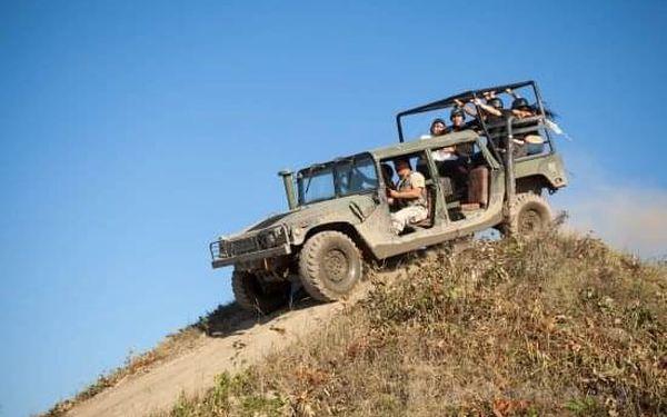 Řízení vojenského Humvee + adrenalinová jízda na korbě Humvee4