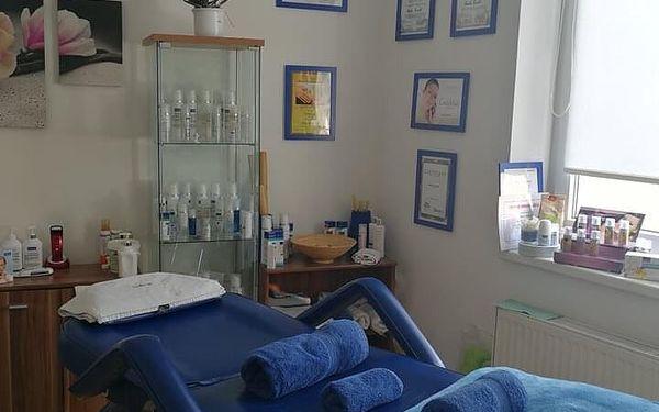 Remodelační masáž obličeje, ramen, paží a předloktí4