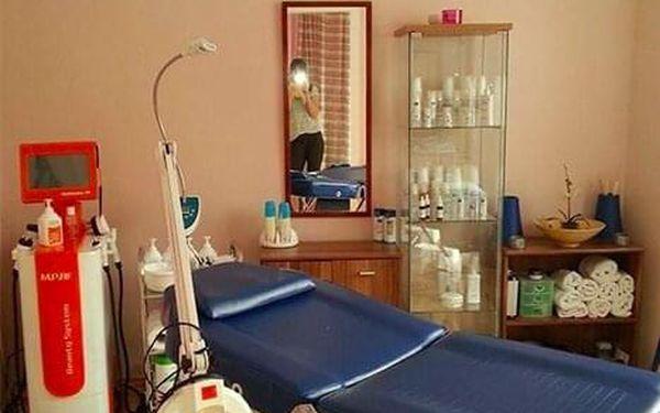 Remodelační masáž obličeje, ramen, paží a předloktí5