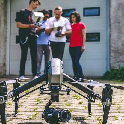 4hodinový intenzivní kurz létání a natáčení dronem