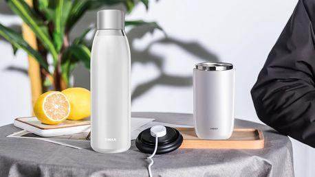 Termostatická lahev a kelímek na ochlazení nápoje