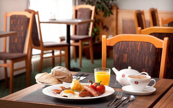 Pobyt se snídaní a večeří, všední dny | 2 osoby | 3 dny (2 noci) | Období St 27. 1. – St 30. 6. 2021, St 1. 9. – St 22. 12. 20214
