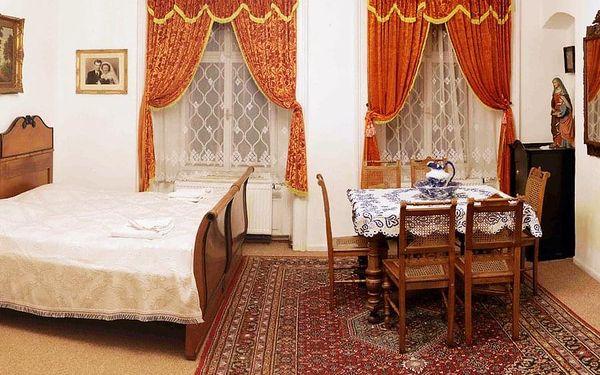 Rodinný pobyt v historickém zámku Úsobí   Úsobí   Celoročně (kromě Vánoc, Silvestra a letních víkendů).   3 dny/2 noci.5