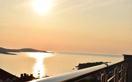 Chorvatsko, Hvar: Apartments Pera