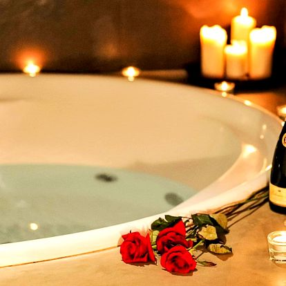 Privátní wellness při romantickém svitu svíček