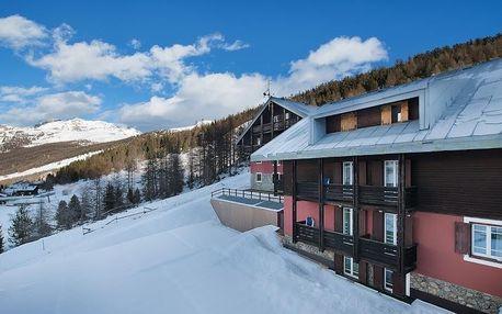 Hotel Alpen Village