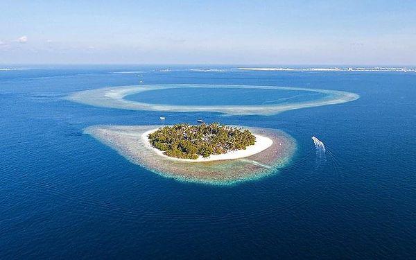 Hotel Malahini Kuda Bandos, Maledivy, letecky, polopenze2