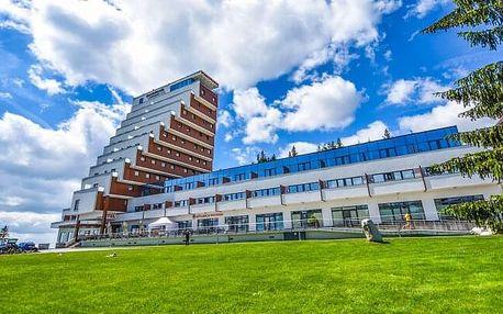 Vysoké Tatry u Štrbského Plesa v Hotelu Panorama **** s wellness, dětským světem a polopenzí + dítě zdarma