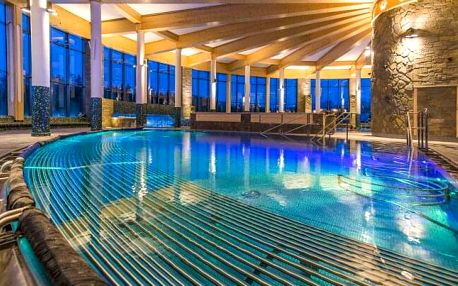 Penzion Slanický dvor u Oravské přehrady se vstupem do termálního aquaparku, privátním wellness a polopenzí
