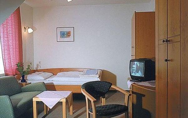 Léčebný dům Lux, Bojnice, vlastní doprava, plná penze4