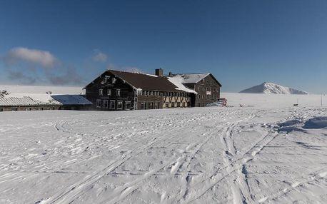Pec pod Sněžkou: Luční bouda s pivními lázněmi