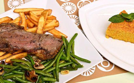 Menu pro dva: steak z býčka, salát a mrkvový dort