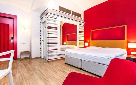 4* hotel v lázeňské čtvrti Teplic, snídaně i večeře