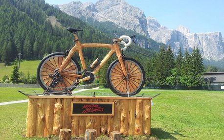 Dolomity z kopce, Jižní Tyrolsko