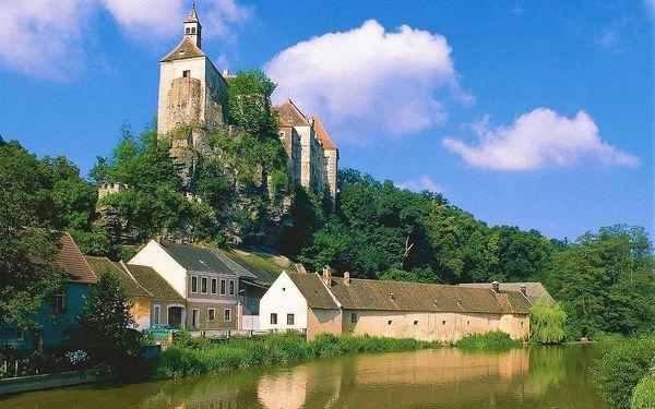 Moravské a Rakouské Podyjí, Dolní Rakousko, autobusem, snídaně v ceně3