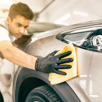 Ruční mytí vozu včetně tepování sedaček