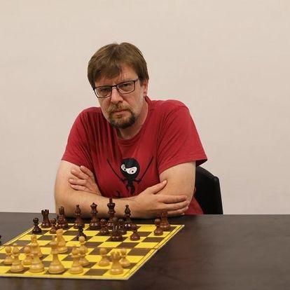 Šachové kurzy a zápasy s mistrem