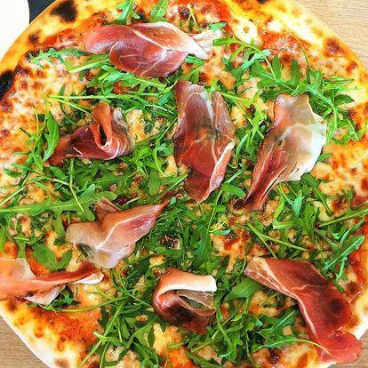 2 nebo 3 pizzy dle výběru i Radegast na rozvoz domů