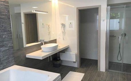 Velký Meder, Hotel Aqua*** u areálu termálních lázní Corvinus s polopenzí