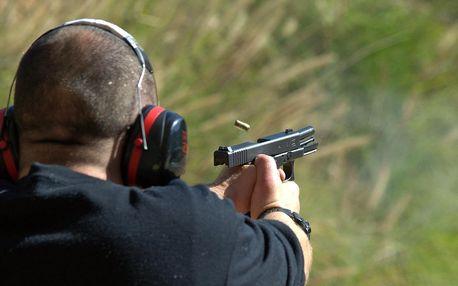 Střelecké balíčky: až 8 zbraní a 72 nábojů