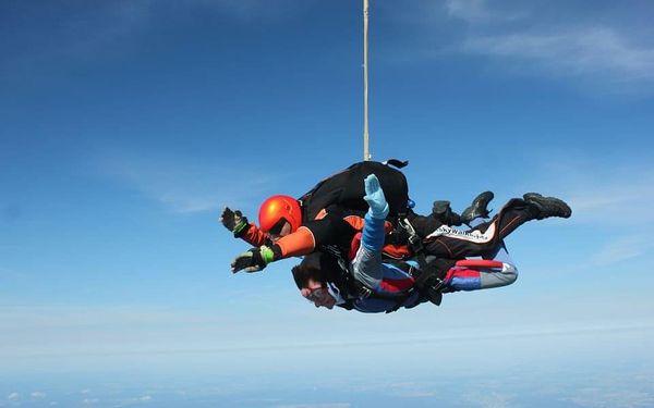 Extrémní tandemový seskok z výšky 6000 metrů3
