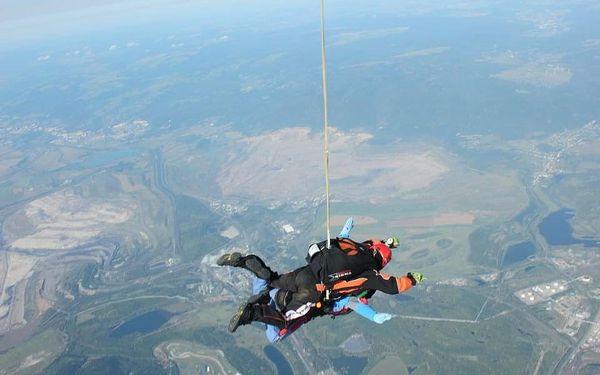 Extrémní tandemový seskok z výšky 6000 metrů5