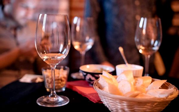 Degustace tapas a exkluzivních vín pro 1 osobu5