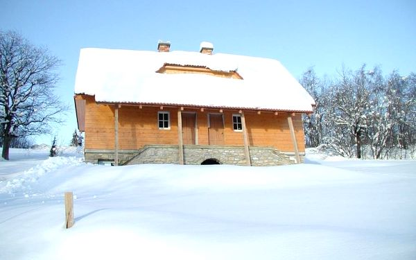 Chata u lesa Výprachtice