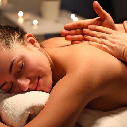 Až 120 minut relaxu: masáž zad, nohou i celého těla