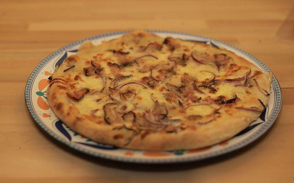 1x pizza (ø 32 cm) podle výběru5