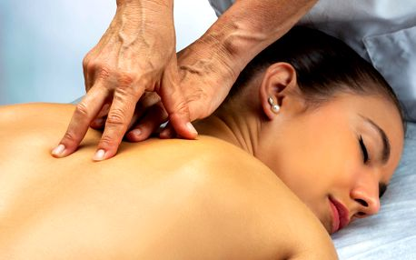 Exkluzivní masáž dle výběru v délce 90 minut včetně nápoje
