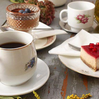 Káva dle výběru nebo čaj a zákusek pro 1 či 2 osoby
