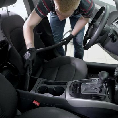 Péče o interiér vozidla – výběr ze 2 programů