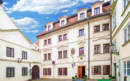 Praha: Malá Strana pod Pražským hradem v luxusním Hotelu Waldstein **** se snídaněmi formou bufetu