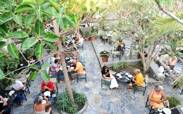 ZEPHYROS HOTEL, Santorini, vlastní doprava, snídaně v ceně4